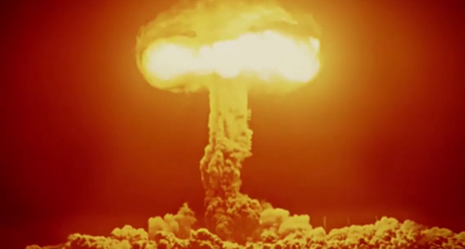 REPLAY - La Bombe (Arte) : Une captivante plongée dans l'histoire de la bombe atomique